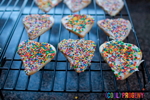 Simple Sugar Cookie Hearts - (cool) progeny