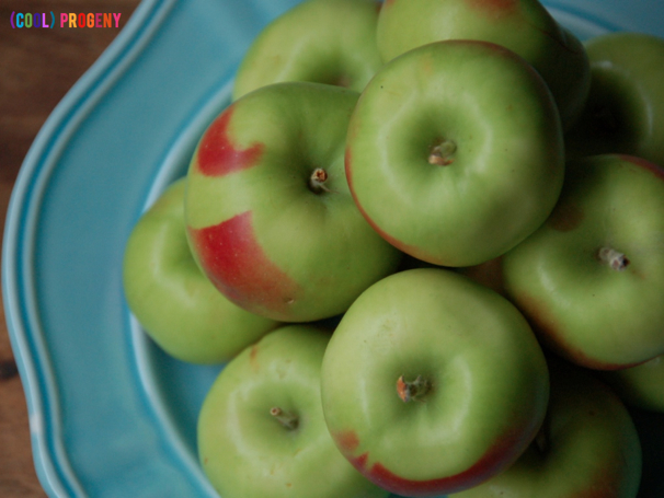 Lady Apples for Caramel Apple Mini Monsters - (cool) progeny