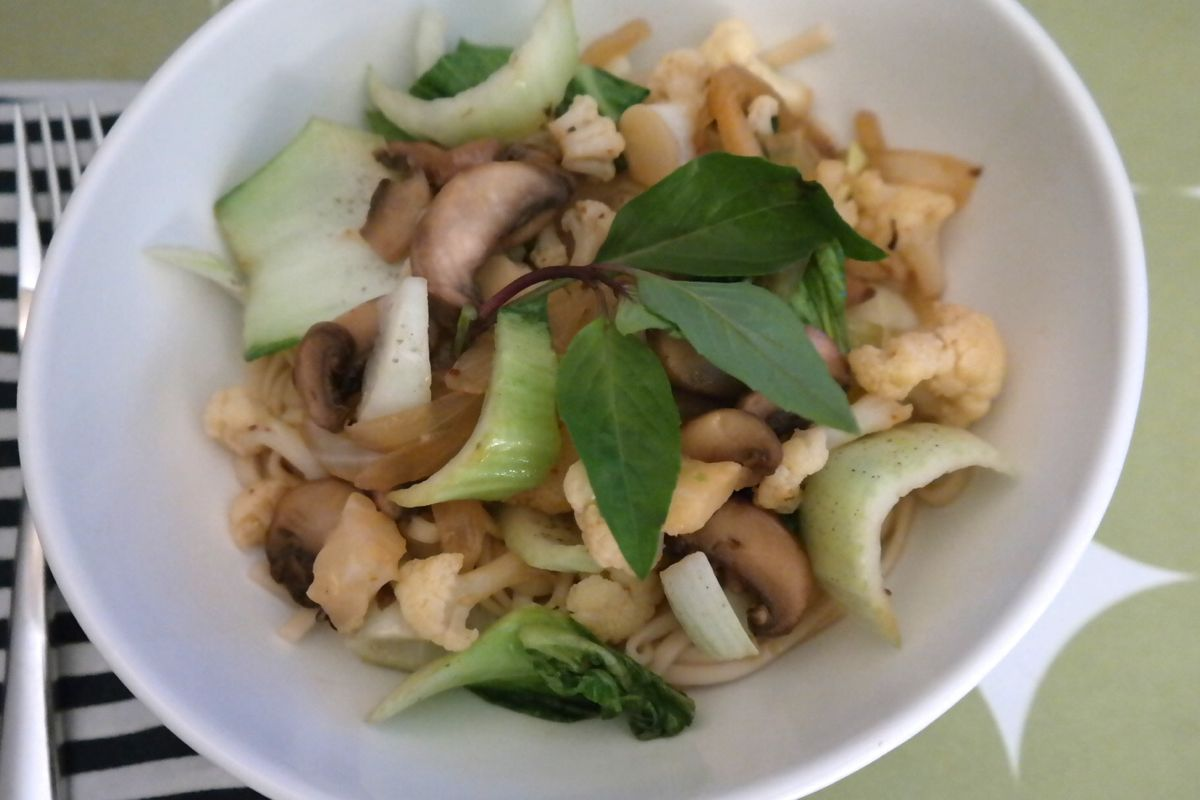 early spring veggie noodle bowl - (cool) progeny