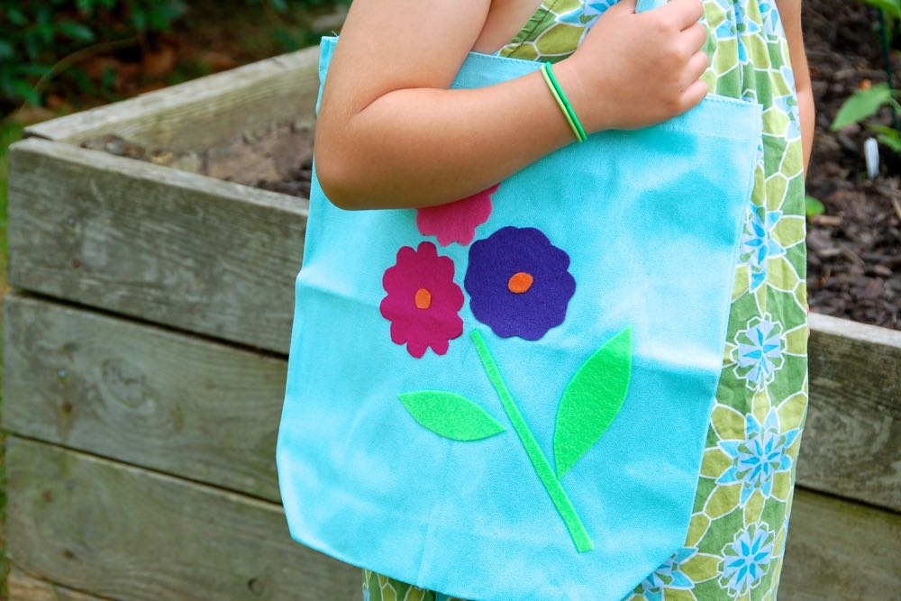 (cool) kid's craft: diy felt farmer's market tote - (cool) progeny