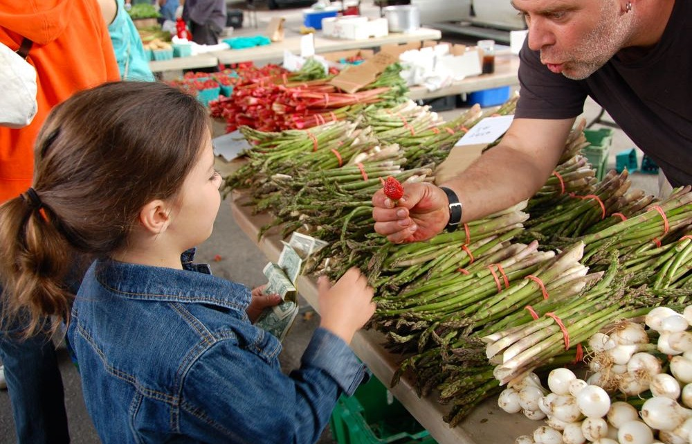 8 Steps to a Fun Farmer's Market with Kids - (cool) progeny