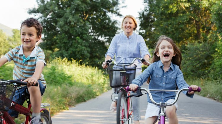 biking with kids (yes you CAN!) - (cool) progeny
