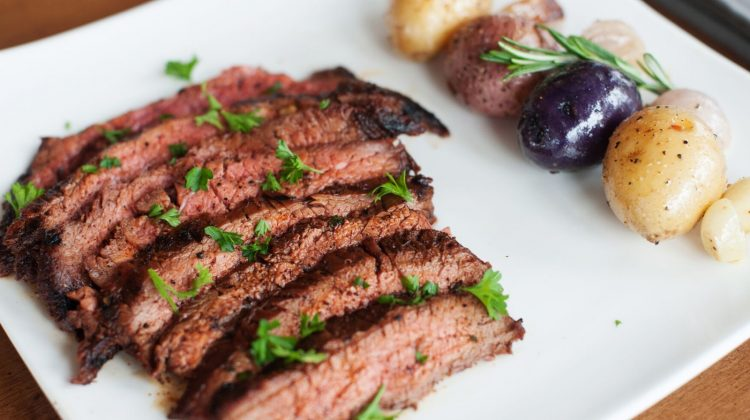 chile-rubbed-flank-steak-001