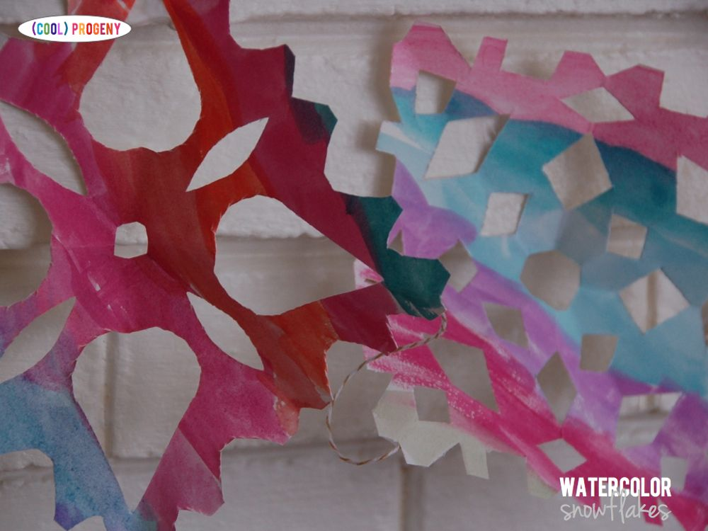 How to Make Watercolor Snowflakes - (cool) progeny