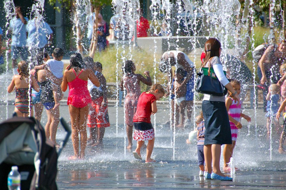 Splash and Play with Waterfront Partnership - (cool) progeny