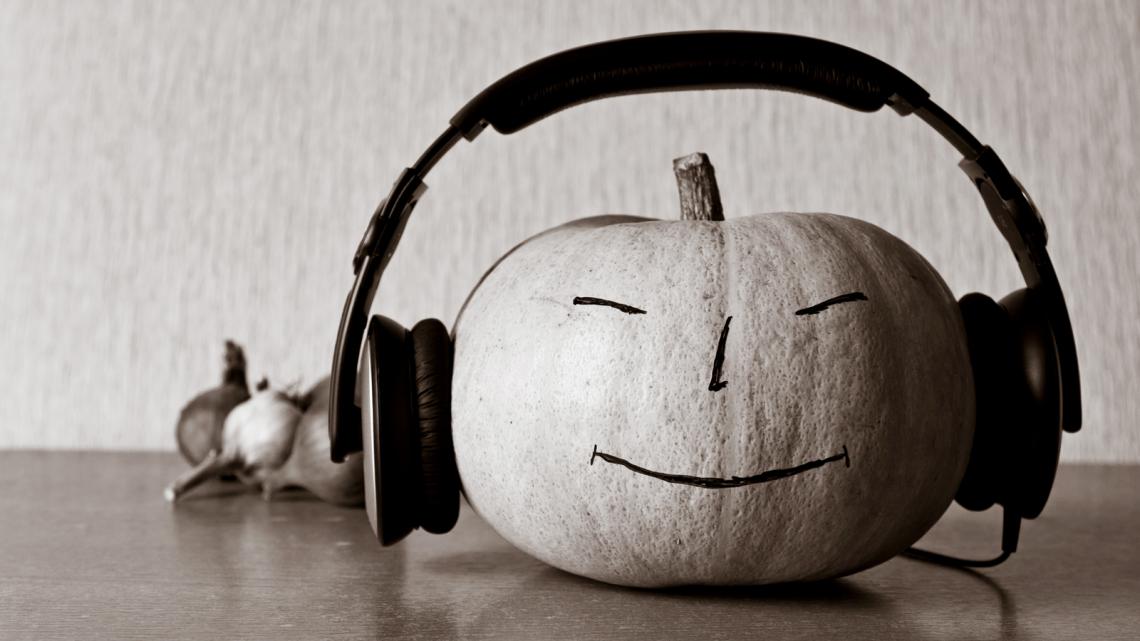(cool) halloween playlist - (cool) progeny