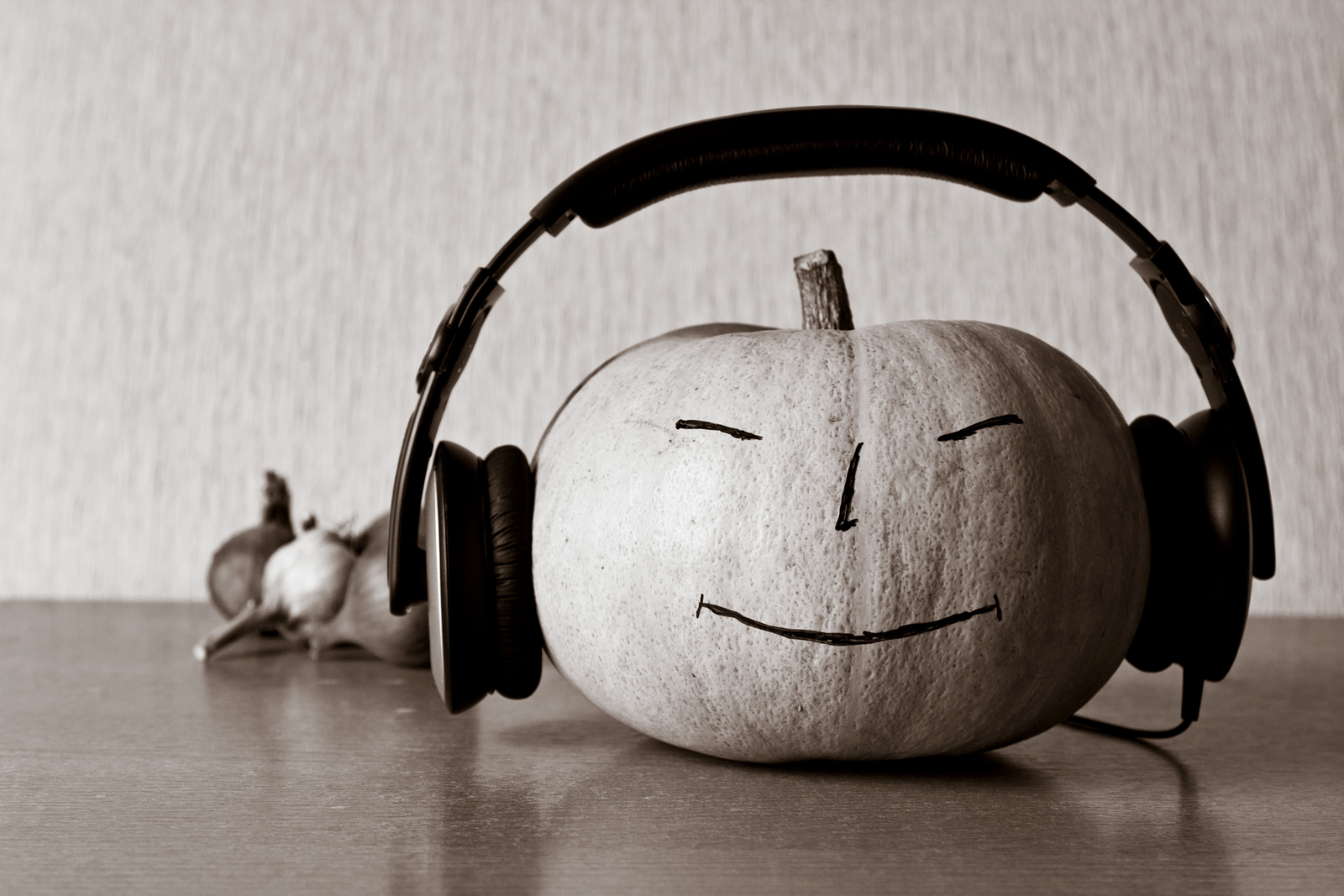 (cool) halloween playlist - (cool) progeny