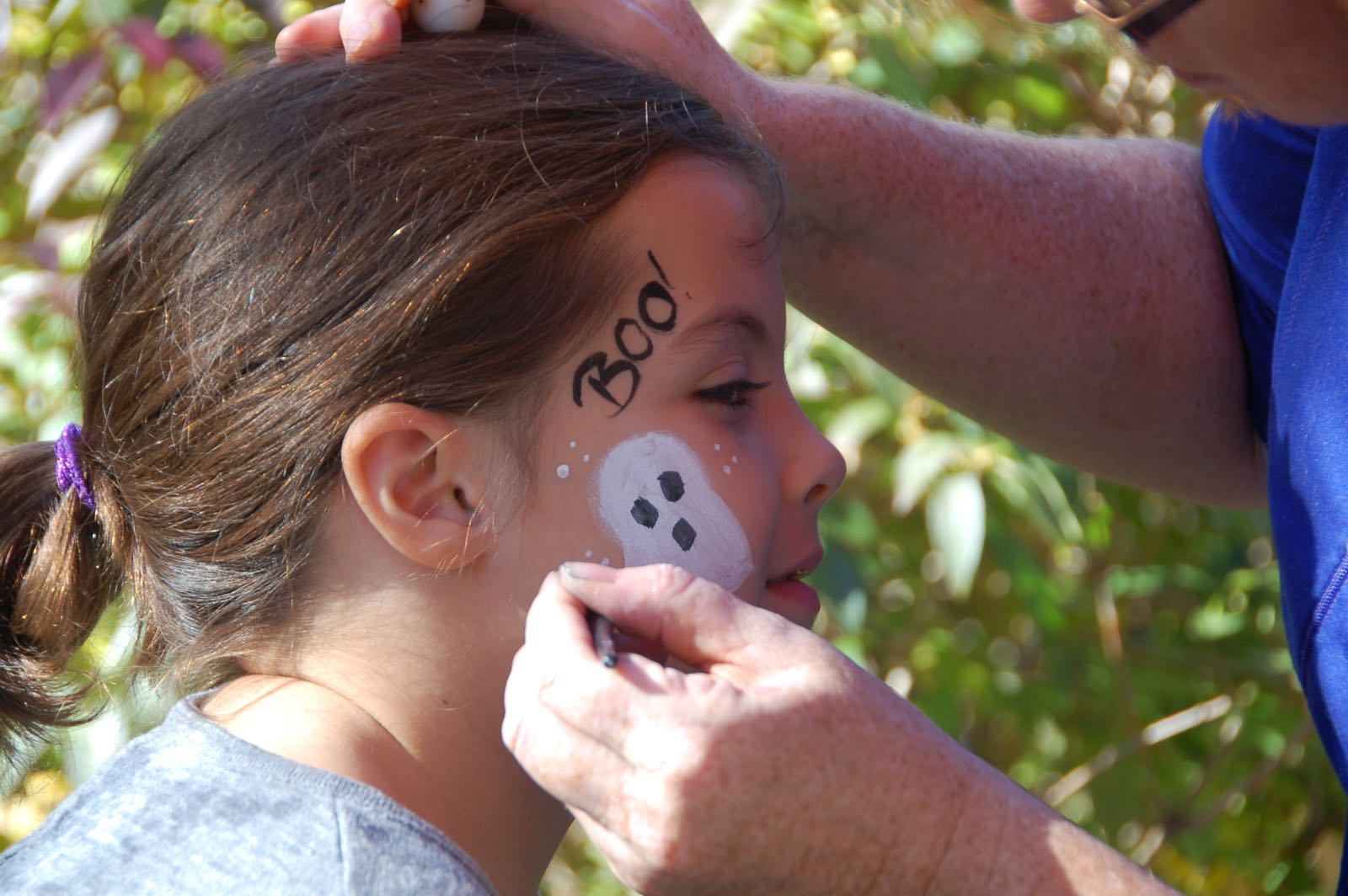 The Ghost - Easy Halloween Face Paint! - (cool) progeny