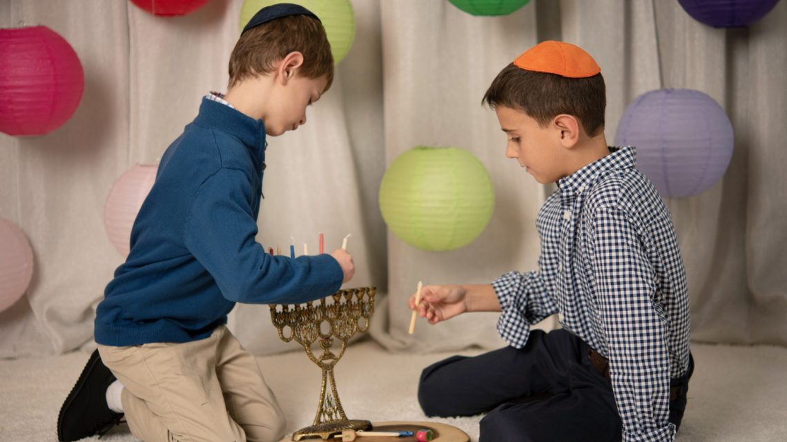 Modern Family Holidays - Hanukkah - (cool) progeny - Photo by Laura Black